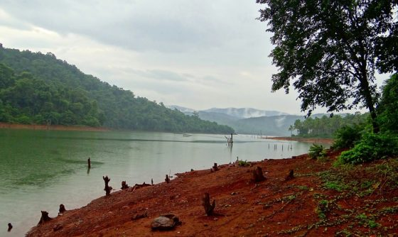 Should Water Resources Be Nationalized?