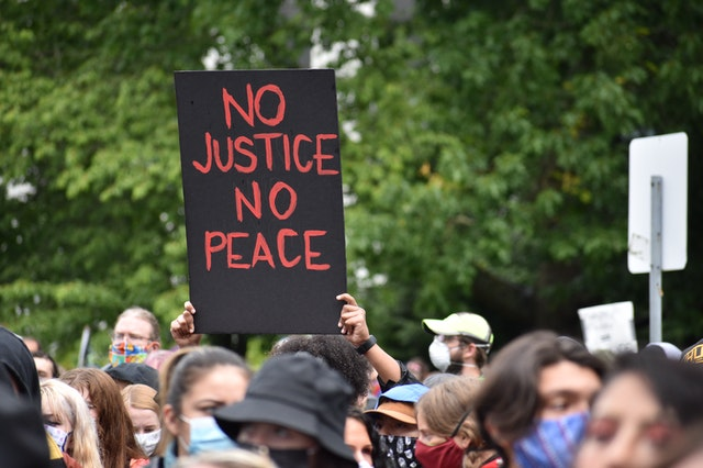 Use of technology in social movements